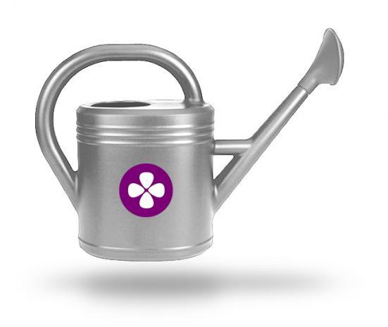 grijze gieter met paars logo